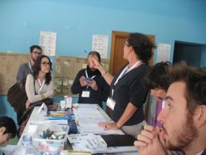 Quarante bénévoles d'Italie et une Canadienne réunis pour le deuxième camp Lampedusa. Photo de Mariella Bertelli